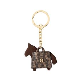 حاملة مفاتيح فاشن هورس